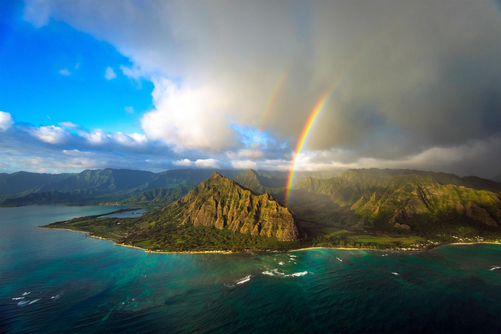 ハワイ クアロア ランチ 大自然の中で乗馬や四輪バギー 映画ロケ地